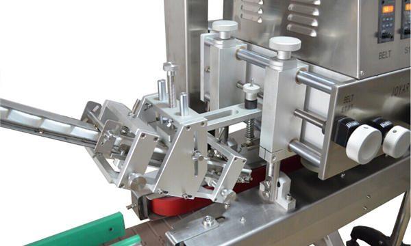 Автоматическая укупорочная машина линейного шпинделя
